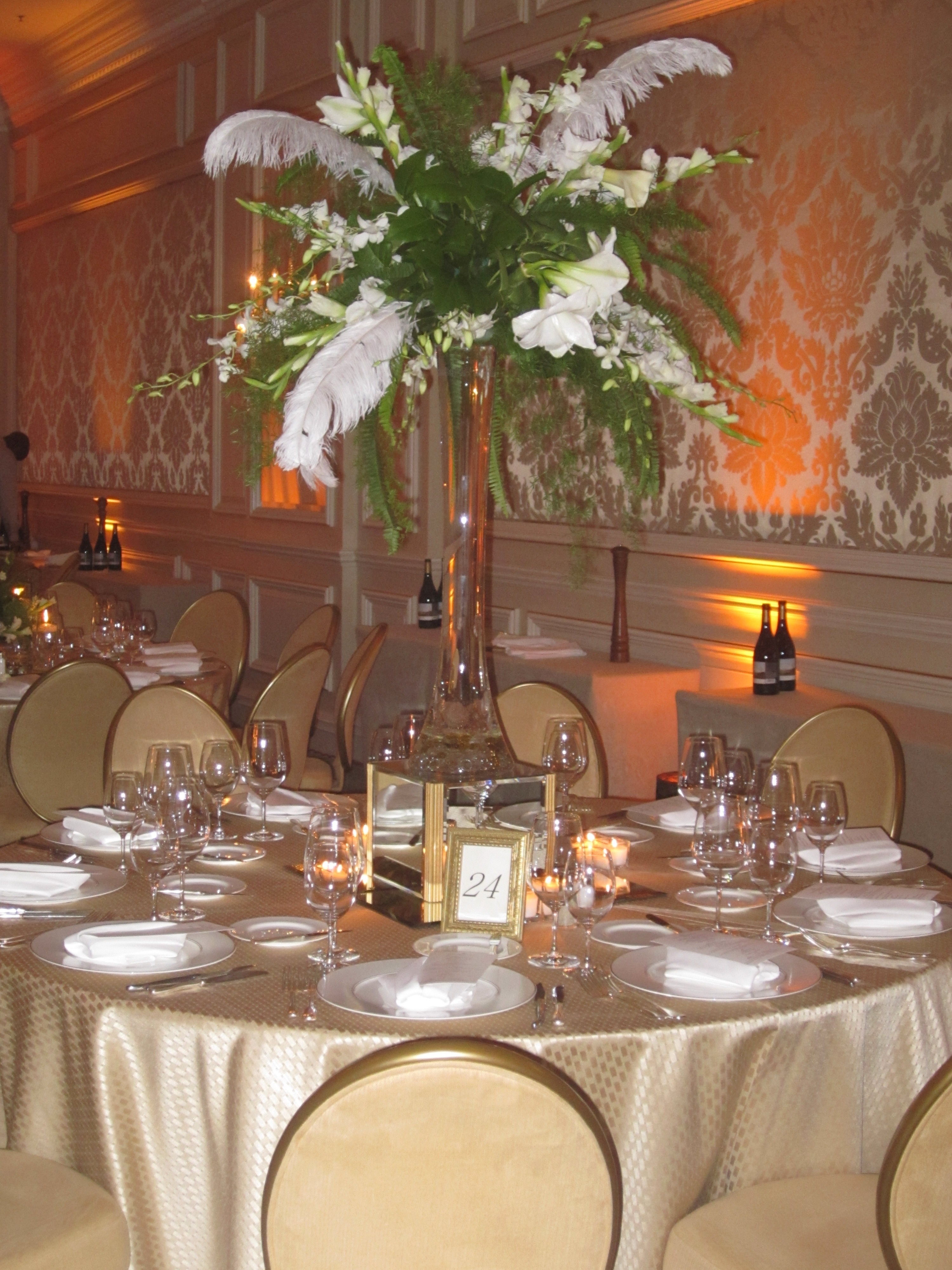 Wedding flowers events by design indy table with feathers and flowers izmirmasajfo