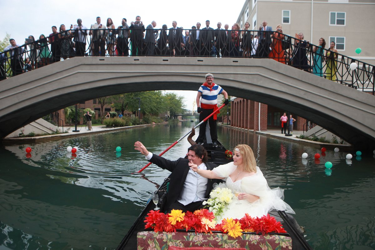 The Venetian Indianapolis Ceremony with a Chance of Rain